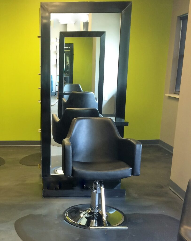 zev salon and studio chair with mirror